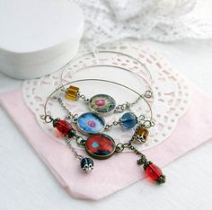 Hey, I found this really awesome Etsy listing at https://www.etsy.com/listing/228407207/bracelet-with-cells-microscopic-image