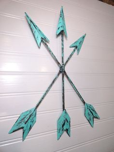 Arrow Wall Artwork, Metallic Arrow Wall Decor Hanging, Aqua Patina Arrow House Decor, Tribal Native American Wall Decor - dezdemonhomedecor.prime. See more by going to the photo