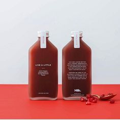 with Huffman's Sauces to create a limited edition self promotional gift – a bespoke Chilli Pepper, Pomegranate and Orange Blossom Sauce . Juice Branding, Juice Packaging, Cool Packaging, Food Packaging Design, Beverage Packaging, Coffee Packaging, Coffee Branding, Bottle Packaging, Packaging Design Inspiration