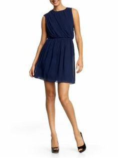 Pair this with a nice belt and fab accessories for a night out with the girls or a fun date.