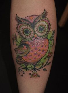 Another interesting theme in tattooing is owl tattoos which are considered to be birds of wisdom. Here are top picks of owl tattoo designs for your knowledge. Pretty Tattoos, Love Tattoos, Beautiful Tattoos, Body Art Tattoos, New Tattoos, Tatoos, Buho Tattoo, 4 Tattoo, Tattoo Drawings