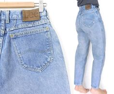 Sz 8 High Waisted Lee Mom Jeans - Vintage 80s Women's Tapered Leg High Rise Relaxed Light Blue Denim Mom Jeans - 28