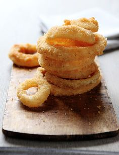 Moonshine Onion Rings from @leitesculinaria.  Crazy good!