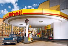 Drive In, Shell Oil Company, Old Advertisements, Advertising, Pop Art, Art Deco, Old Gas Stations, Filling Station, Model Train Layouts
