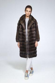 "Меховой салон ""МехГрад"" — шубы из норки и соболя на любой вкус и карман Sable Fur Coat, Mink Jacket, Fur Fashion, Kate Moss, Fur Coats, Furs, Winter, Fur, Cashmere Wool"