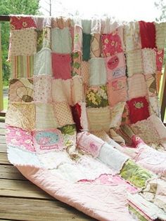 Quilt from baby clothes, nice memory! (translated from Dutch) ~by meinkeprins