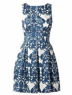 Look what I found at House of Fraser Closet Cut out back print dress. This beautiful white and blue floral print pleat dress has a button at the back showing the back of the dress and is made out of lovely fabric which creates a full effect. Chic Dress, Flare Dress, Dress Skirt, Pleated Dresses, Prom Dresses, Blue Colour Dress, Color, Vintage Inspired Dresses, Going Out Dresses