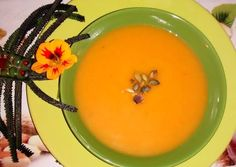 Fűszeres almás-narancsos sütőtök leves🍎🍊🎃 Fondue, Ale, Food And Drink, Pudding, Cheese, Ethnic Recipes, Desserts, Facebook, Tailgate Desserts