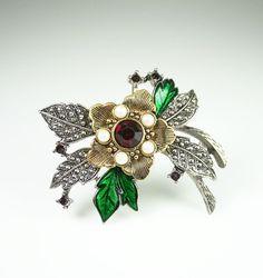 Avon Brooch Christmas Holly Rhinestone Pearl Enamel Flower Jewelry.