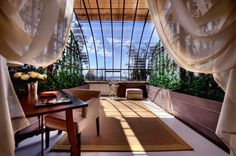 A greenhouse suite in Tuscany