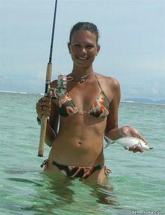 25 Hot Girls Fishing » Holytaco