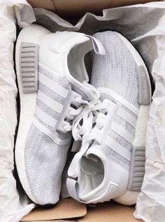 shoes,adidas nmd,grey adidas,adidas - Sneaker - Best Shoes World Sneakers Vans, Moda Sneakers, Sneakers Fashion, Fashion Shoes, Cute Sneakers, Fashion Fashion, Womens Fashion, Fashion Outfits, Dream Shoes