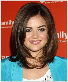 Lucy Hale: Hairstyles for a Triangular or Pear Face Shape. Lucy Hale Medium Straight Hairstyle for Triangular or Pear Face Shape. Triangle Face Hairstyles, Face Shape Hairstyles, Medium Hair Cuts, Medium Hair Styles, Short Hair Styles, 2015 Hairstyles, Straight Hairstyles, Party Hairstyles, Wedding Hairstyles