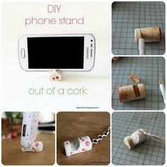 Come fare un supporto per cellulare con i tappi di sughero.