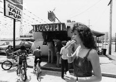Sigourney Weaver enjoys a hot dog from 'Tail of the Pup' in Los Angeles, California