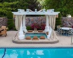 Beautiful Enclosed Hot Tub with Great Sample, Design, and Decoration