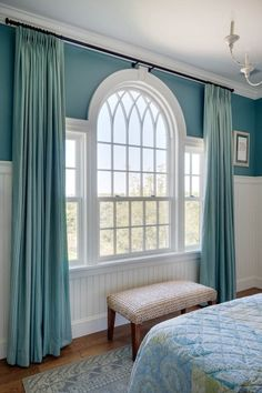 Designing Curtains for Challenging Windows Beautiful traditional Palladian window in a Martha's Vineyard home by Patrick Ahearn, architect Curtains For Arched Windows, Bedroom Windows, Living Room Windows, Windows And Doors, Arch Windows, Picture Window Curtains, House Windows, Living Room Decor Curtains, Home Curtains
