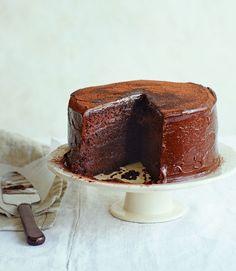 Great British Bake Off winner John Whaite struts his stuff with this super moist and moreish chocolate cola cake. Baking Recipes, Cake Recipes, Dessert Recipes, Pavlova, Cheesecakes, Fudge, Bake Off Winners, Simnel Cake, Cocoa