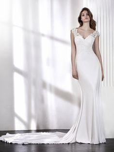 LARISA vestido de novia escote en V