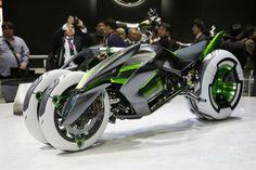 El triciclo eléctrico J de Kawasaki. Foto: EFE