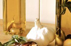 Cómo hacer aceite aromatizado de ajo