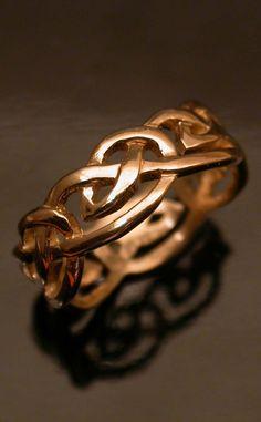 Wonderful Black Gold Jewelry For Beautiful Pieces Ideas. Breathtaking Black Gold Jewelry For Beautiful Pieces Ideas. Gothic Wedding Rings, Victorian Engagement Rings, Celtic Wedding Rings, Gothic Rings, Celtic Rings, Designer Engagement Rings, Celtic Knot, Wedding Bands, Black Gold Jewelry
