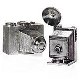 striefler Kelly you could make these with spray paint and old cameras, I always see them at estate sales for cheap! Antique Silver Cameras from Z Gallerie Antique Cameras, Old Cameras, Vintage Cameras, Decorative Accessories, Home Accessories, Affordable Modern Furniture, Stylish Home Decor, Home Decor Store, Photography Camera