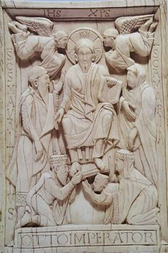 Placchetta Trivulzio  Officina milanese  983 circa Avorio Milano Civiche Raccolte d'Arte Applicata del Castello Sforzesco