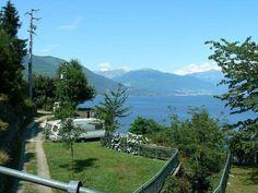 Villaggio e Camping Bosco di Cannobio (VB),è il Villaggio e Campeggio con la più spettacolare vista del LAGO MAGGIORE da ogni Bungalow, da ogni Casa Mobile, da ogni Piazzola per campeggio.