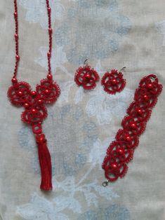 Needle Tatting, Summer Set, Crochet Necklace, Jewelry Making, Red, Beautiful, Jewellery Making, Make Jewelry, Diy Jewelry Making