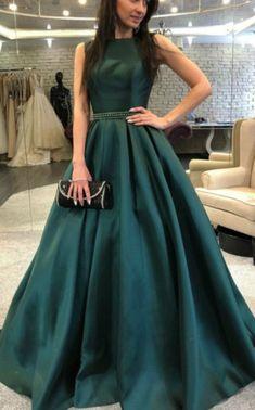 a17b8daf21a9b Bateau Neckline Long Emerald Green Prom Dress With V Back