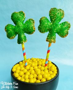 hello, Wonderful - 12 GREEN ST. PATRICK'S DAY TREATS FOR KIDS