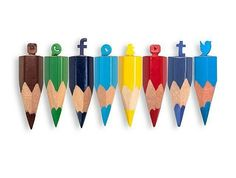 Crayons réseau sociaux
