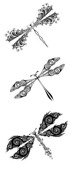 les libellules à motifs originaux sont belles en tant que tatouage