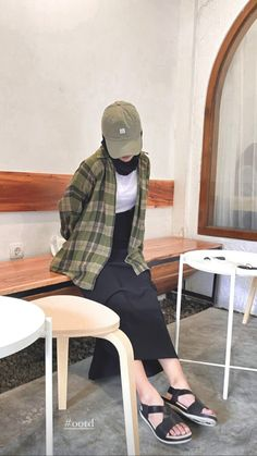 Modesty Fashion, Fashion Outfits, Fashion Hacks, Diy Fashion, Casual Hijab Outfit, Ootd Hijab, Street Hijab Fashion, Korean Fashion, Basic Outfits