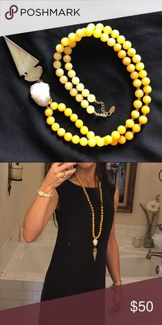 Beautiful Betsy Pittard Designs (BPD) necklace BPD necklace with glass yellow beads, gold accents, agate and an arrowhead. Barely worn because of a new baby! 👶🏻 Betsy Pittard Designs Jewelry Necklaces