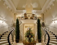 Double Staircase Entry