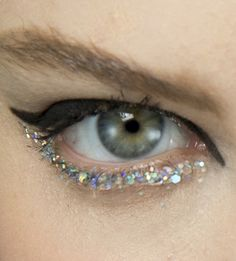 chanel haute couture spring/summer 2014 #glitter #makeup