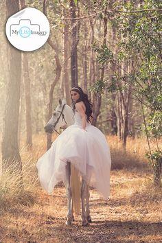 Sunrise photography, Gold Coast wedding photography, horse and bride, bush trail, trash the dress photo shoot Gold Coast