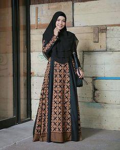 Image may contain: 1 person, standing Batik Fashion, Abaya Fashion, Fashion Dresses, Dress Brokat Muslim, Muslim Dress, Model Dress Batik, Batik Dress, Muslim Women Fashion, Islamic Fashion