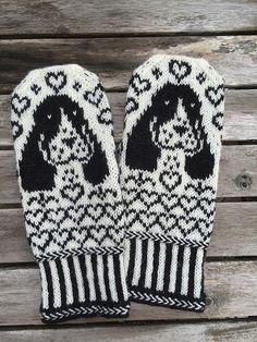 Ravelry: Project Gallery for Cocker Spaniel Mittens pattern by Connie H Design Mittens Pattern, Knit Mittens, Mitten Gloves, Beading Patterns, Knitting Patterns, Norwegian Knitting, Knit Crochet, Crochet Hats, Cockerspaniel