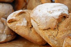 Stale Bread, Sourdough Bread, How To Make Bread, Food To Make, Greek Bread, Pain Au Levain, Tapas Bar, Easy Bread Recipes, Pita Recipes