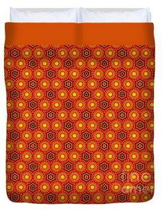"""Pattern from a Sunflower by Kaye Menner Queen (88"""" x 88"""") Duvet Cover by Kaye Menner"""