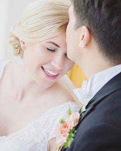 Rainy Sunday Mood: Pictures and Tea 🍵———————————————————————— #bryllupsfoto #bryllupsfotograf #bryllupsbilder #bryllup2015 #wedding #weddinginspiration #chicwedding #weddingphotographer #weddingideas #brud #bryllupsinspirasjon #dittbryllup #gardenwedding #newlyweds #inlove #beauty #beautiful #flowers #weddingdress #married #weddingideas #gorgeous #brud #happy #theknot #mortenelskerjulie