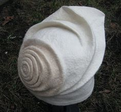 by Susanna Piras  Love it!  Sculpture as hat!