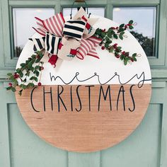 Christmas Door Decorations, Christmas Signs, All Things Christmas, Christmas Wreaths, Christmas Door Hangers, Modern Christmas, Winter Christmas, Christmas Holidays, Christmas Christmas
