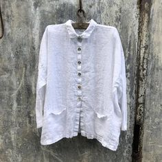 Casual Plus Size Long Sleeve Tops With Pockets White Linen Shirt, Linen Blouse, Plus Size Long Sleeve Tops, Linen Jackets, Types Of Sleeves, Shirts, Gauze Clothing, Edible Slime, Casual Clothes