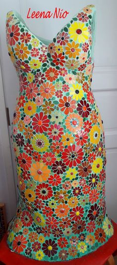 Mosaic dress with flowers made of glass