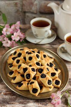 Ez volt Apu kedvenc süteménye, ♥ a barátfüle Hungarian Recipes, Hungarian Food, Sweet Pastries, Winter Food, Apple Pie, Cookie Recipes, Fudge, Waffles, Bakery