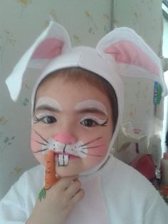 Easter Bunny Costumes which are funny, fluffy & actually fantastic Easter Bunny Costumes are the best way to spread the Easter cheer. Celebrate this spring festival with some funny and cute Bunny costumes ideas. Bunny Halloween Makeup, Bunny Halloween Costume, Bunny Makeup, Diy Halloween Costumes For Kids, Diy Costumes, Animal Costumes, Bunny Face Paint, Easter Face Paint, Bunny Costume Kids